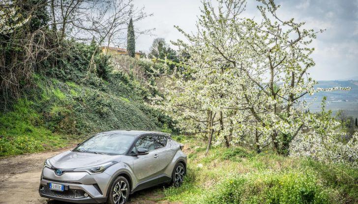 [VIDEO] Toyota C-HR 2018, La nostra prova dell'Hybrid SUV da 26Km/l - Foto 30 di 36