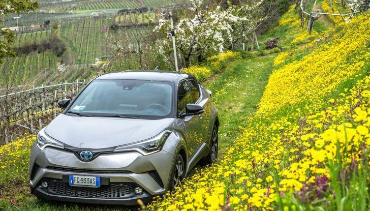 [VIDEO] Toyota C-HR 2018, La nostra prova dell'Hybrid SUV da 26Km/l - Foto 35 di 36