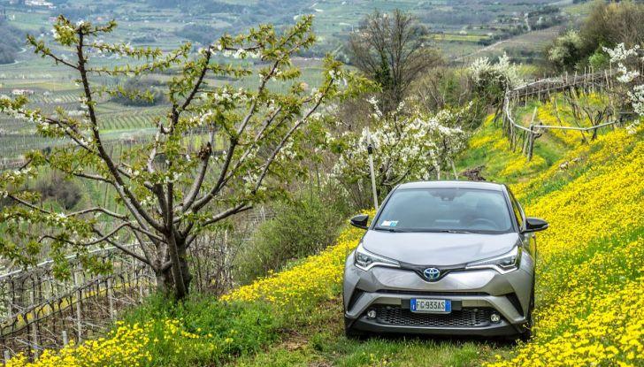 [VIDEO] Toyota C-HR 2018, La nostra prova dell'Hybrid SUV da 26Km/l - Foto 36 di 36