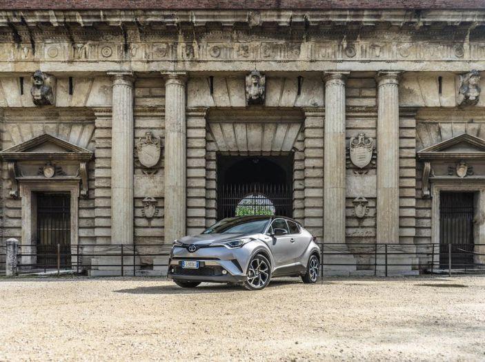 [VIDEO] Toyota C-HR 2018, La nostra prova dell'Hybrid SUV da 26Km/l - Foto 6 di 36