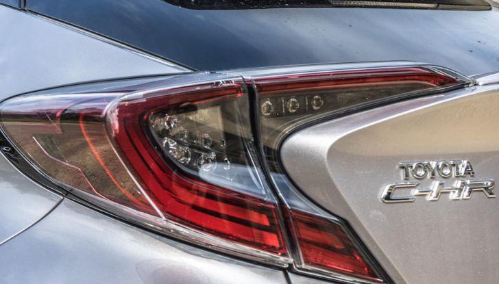 [VIDEO] Toyota C-HR 2018, La nostra prova dell'Hybrid SUV da 26Km/l - Foto 8 di 36