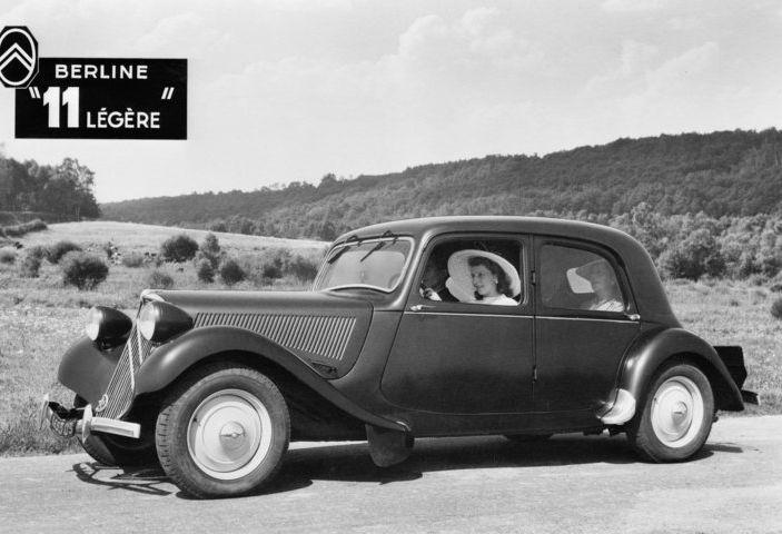 1934: André Citroën lancia la produzione in serie della Traction Avant - Foto 1 di 12