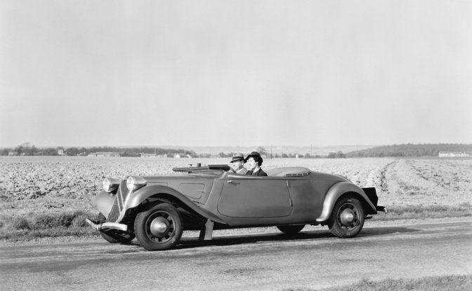 1934: André Citroën lancia la produzione in serie della Traction Avant - Foto 10 di 12