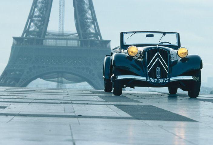 1934: André Citroën lancia la produzione in serie della Traction Avant - Foto 12 di 12