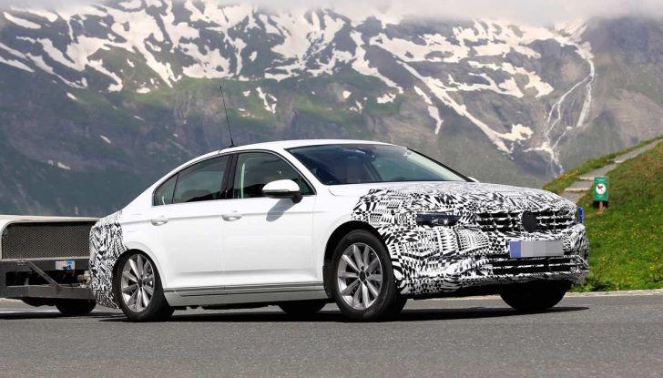 Volkswagen Passat Facelift 2019, nuovo design e motori - Foto 10 di 15