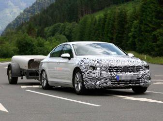 Volkswagen Passat Facelift 2019, nuovo design e motori