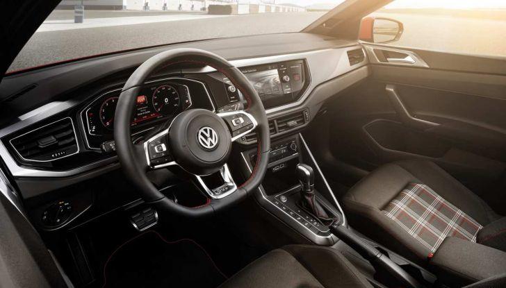 Volkswagen Polo GTI prova su strada e impressioni di guida - Foto 4 di 38
