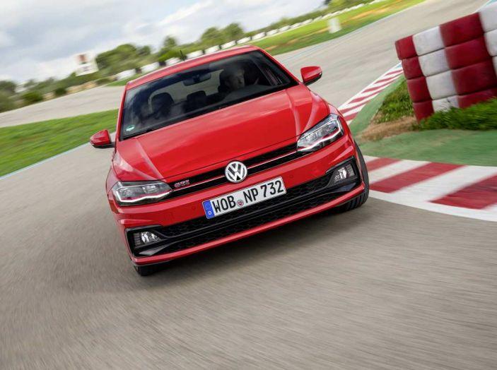 Volkswagen Polo GTI prova su strada e impressioni di guida - Foto 30 di 38