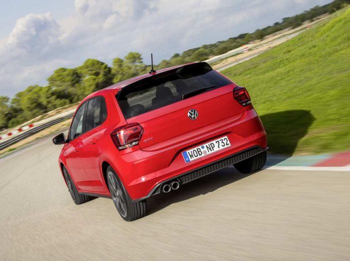 Volkswagen Polo GTI prova su strada e impressioni di guida - Foto 32 di 38