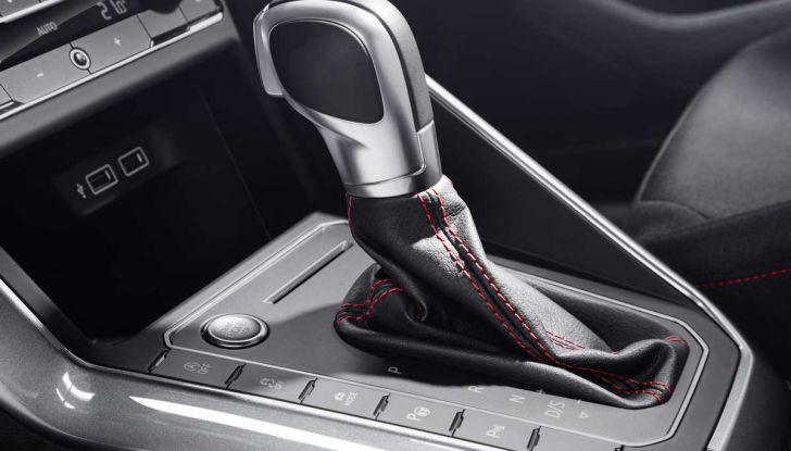 Volkswagen Polo GTI prova su strada e impressioni di guida - Foto 25 di 38