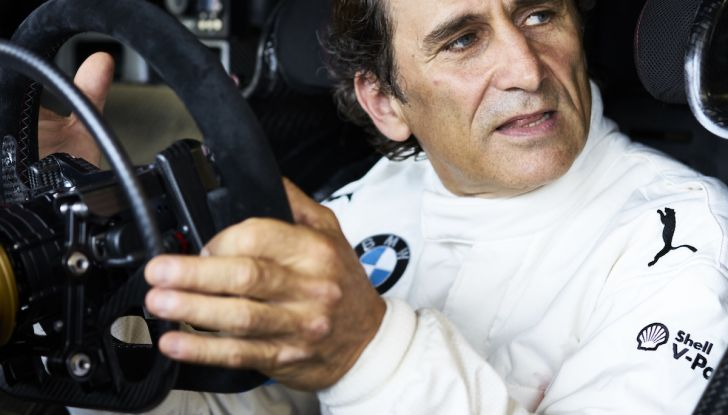 Alex Zanardi corre il DTM a Misano con BMW M4 senza usare le protesi - Foto 1 di 5