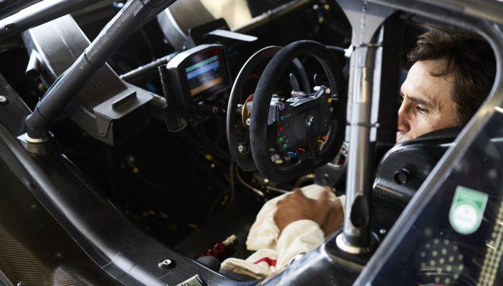 Alex Zanardi corre il DTM a Misano con BMW M4 senza usare le protesi - Foto 4 di 5