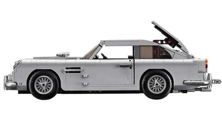 Aston Martin DB5 di James Bond diventa un set LEGO - Foto 13 di 15
