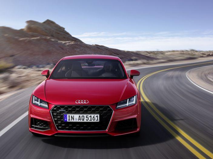 Nuova Audi TT 2018, il restyling per celebrare i 20 anni di produzione - Foto 3 di 34
