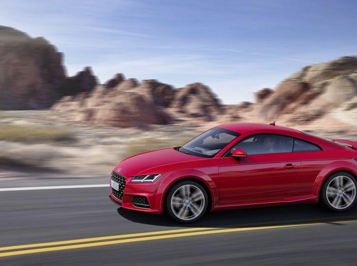Nuova Audi TT 2018, il restyling per celebrare i 20 anni di produzione - Foto 2 di 34
