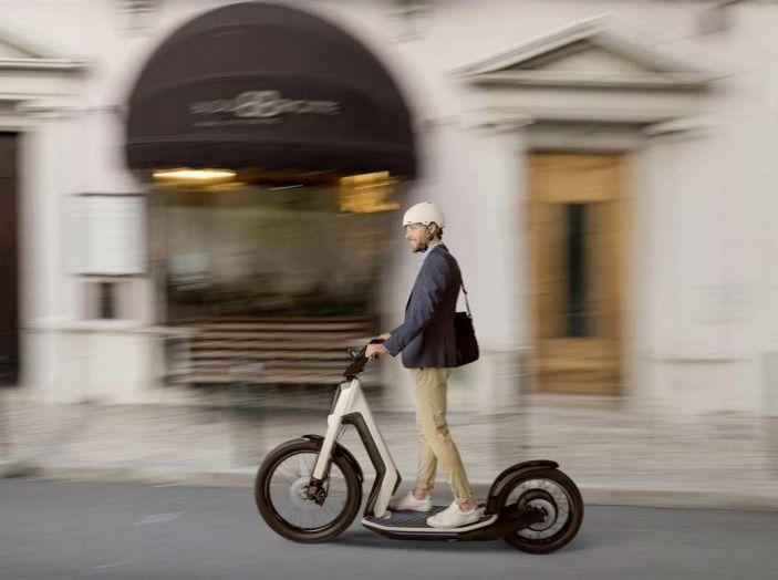 Il car sharing elettrico Volkswagen debutta nel 2019 - Foto 7 di 10