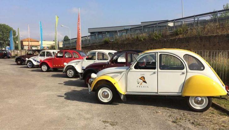Citroen 2CV 70th Anniversary prova su strada e storia dell'auto - Foto 3 di 7