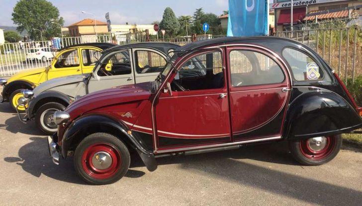 Citroen 2CV 70th Anniversary prova su strada e storia dell'auto - Foto 5 di 7