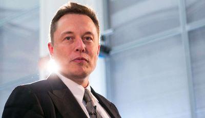 Elon Musk di Tesla, entro un anno ci saranno un milione di vetture autonome