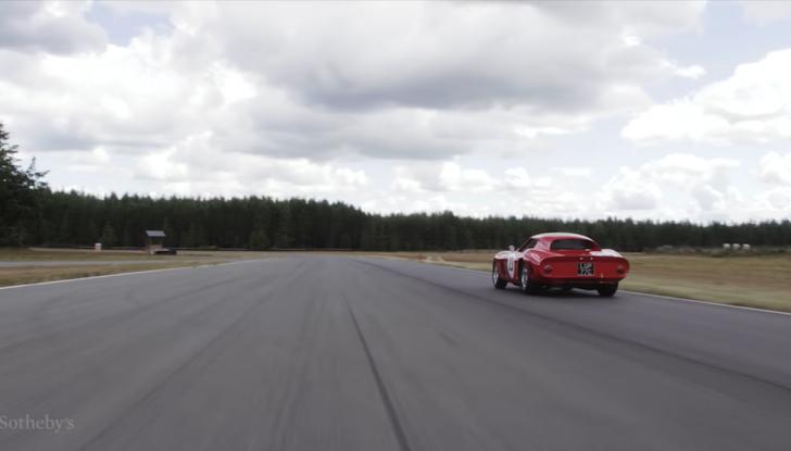 Ferrari 250 GTO del 1962: all'asta l'auto più costosa di tutti i tempi - Foto 14 di 15