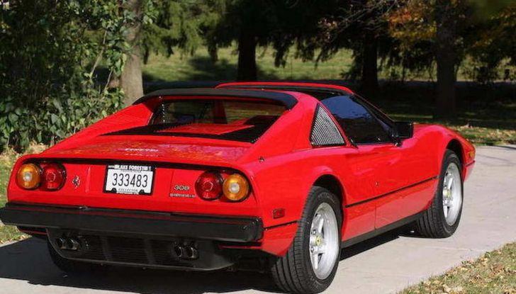 La Ferrari 308 GTS di Magnum P.I.: un'icona degli anni '80 - Foto 2 di 10