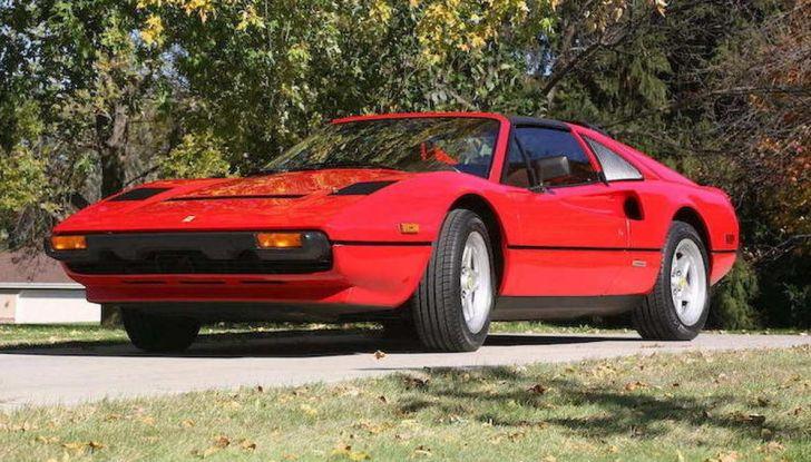 La Ferrari 308 GTS di Magnum P.I.: un'icona degli anni '80 - Foto 3 di 10