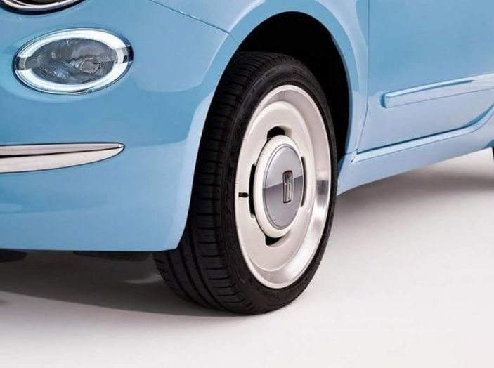 Fiat 500 Spiaggina by Garage Italia, omaggio alla Jolly Spiaggina del 1958 - Foto 12 di 18