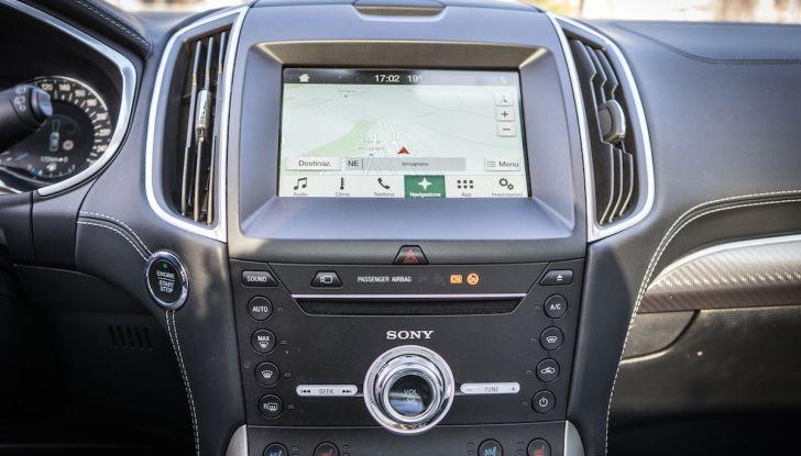 Ford S-Max Vignale, prova su strada: monovolume da 180CV e 7 posti - Foto 18 di 32