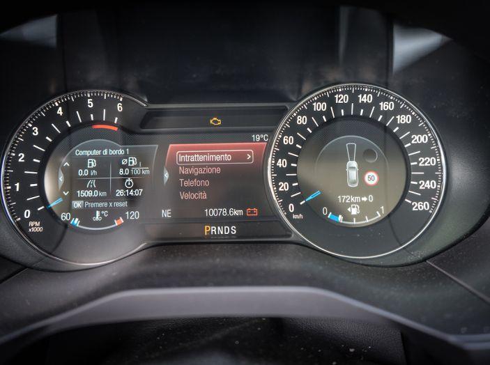 Ford S-Max Vignale, prova su strada: monovolume da 180CV e 7 posti - Foto 19 di 32