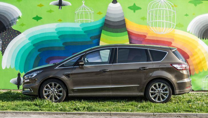 Ford S-Max Vignale, prova su strada: monovolume da 180CV e 7 posti - Foto 1 di 32