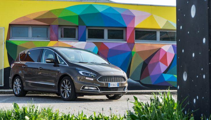 Ford S-Max Vignale, prova su strada: monovolume da 180CV e 7 posti - Foto 2 di 32