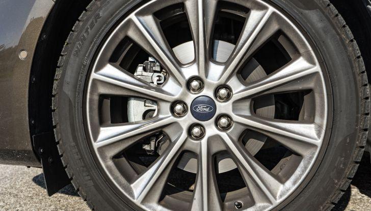 Ford S-Max Vignale, prova su strada: monovolume da 180CV e 7 posti - Foto 30 di 32