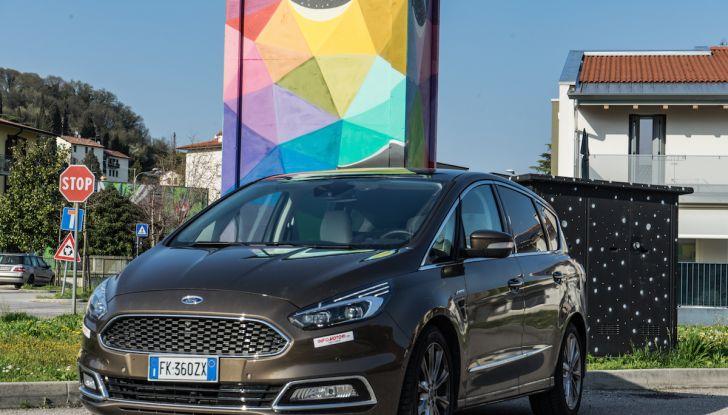 Ford S-Max Vignale, prova su strada: monovolume da 180CV e 7 posti - Foto 32 di 32