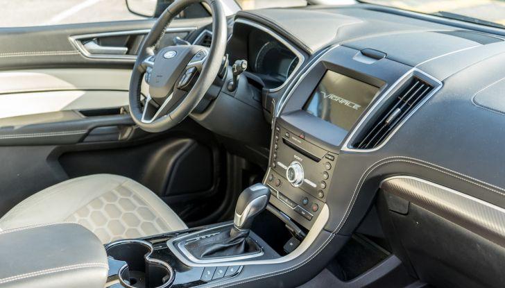 Ford S-Max Vignale, prova su strada: monovolume da 180CV e 7 posti - Foto 6 di 32