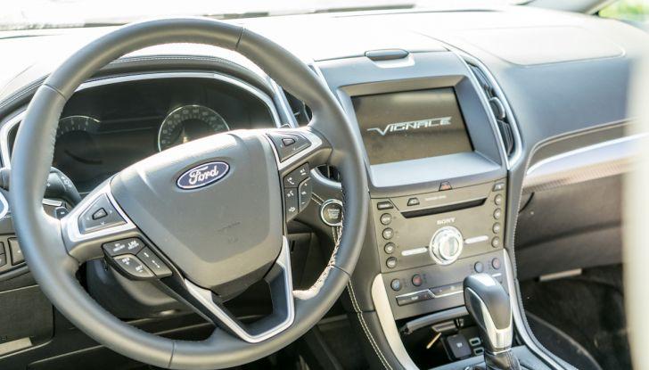 Ford S-Max Vignale, prova su strada: monovolume da 180CV e 7 posti - Foto 5 di 32