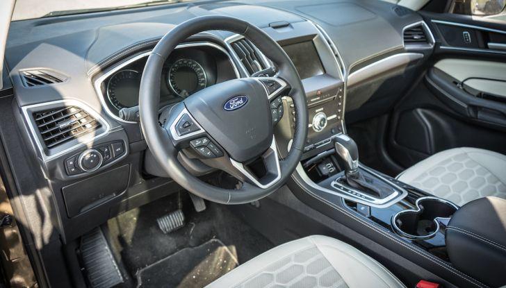 Ford S-Max Vignale, prova su strada: monovolume da 180CV e 7 posti - Foto 3 di 32