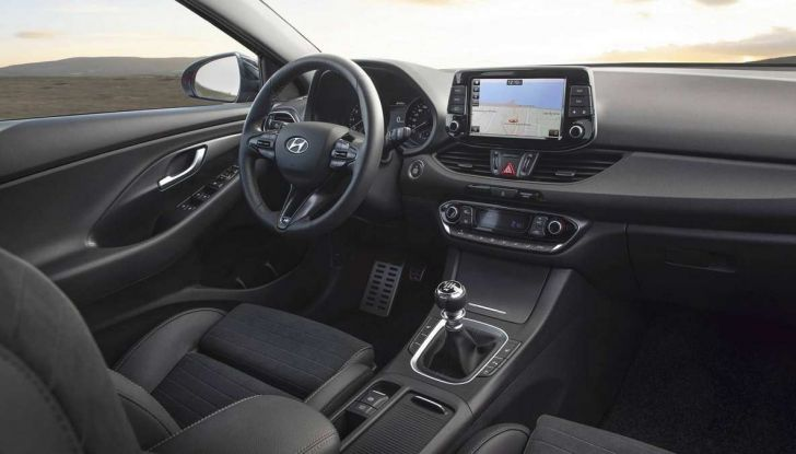 Hyundai i30 N Line, allestimento sportivo da 140 CV - Foto 14 di 14