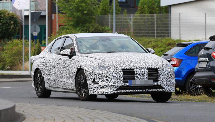 Nuova Hyundai i40 2020: berlina senza compromessi verso la guida autonoma - Foto 14 di 26