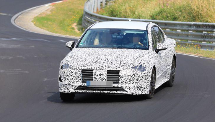 Nuova Hyundai i40 2020: berlina senza compromessi verso la guida autonoma - Foto 4 di 26