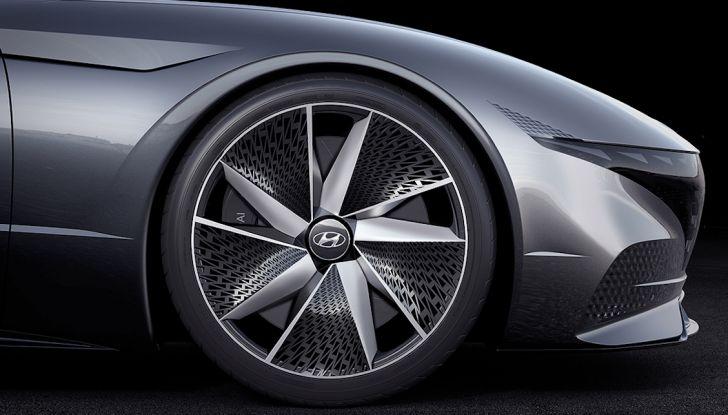 Hyundai vuole diventare più sexy di Alfa Romeo a partire da Le Fil Rouge - Foto 4 di 23