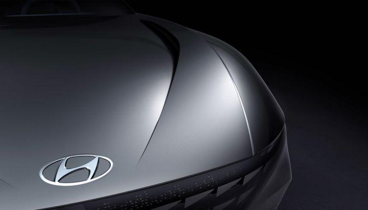 Hyundai vuole diventare più sexy di Alfa Romeo a partire da Le Fil Rouge - Foto 3 di 23