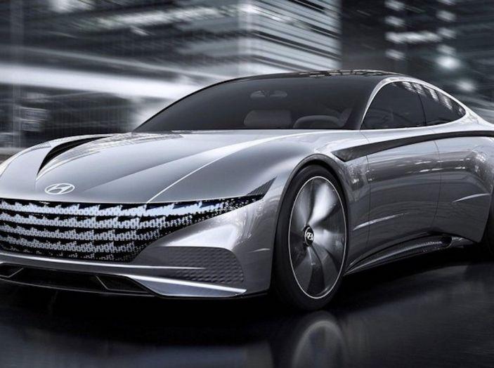 Hyundai vuole diventare più sexy di Alfa Romeo a partire da Le Fil Rouge - Foto 1 di 23