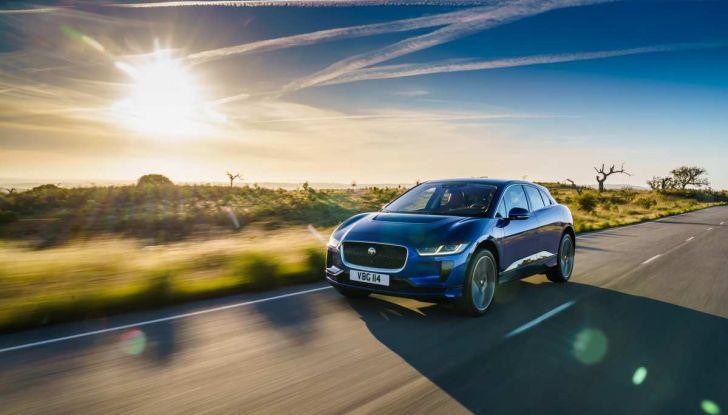 Jaguar I-Pace è Auto dell'Anno 2019 - Foto 9 di 25