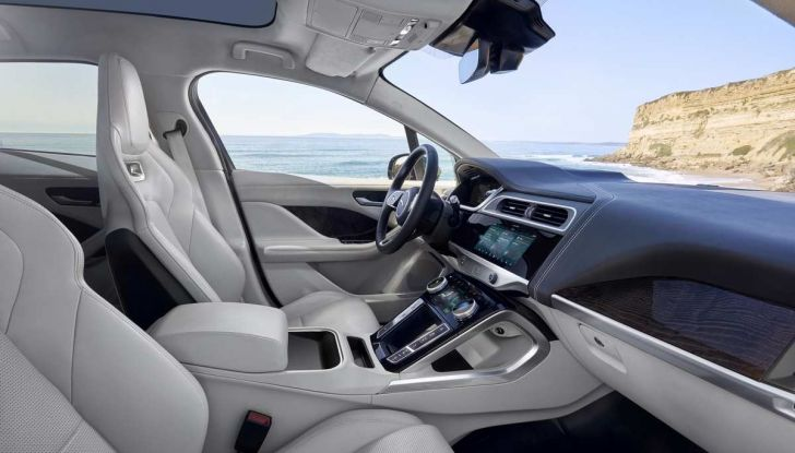 Jaguar I-PACE prova su strada, prestazioni, autonomia e ricarica - Foto 26 di 29