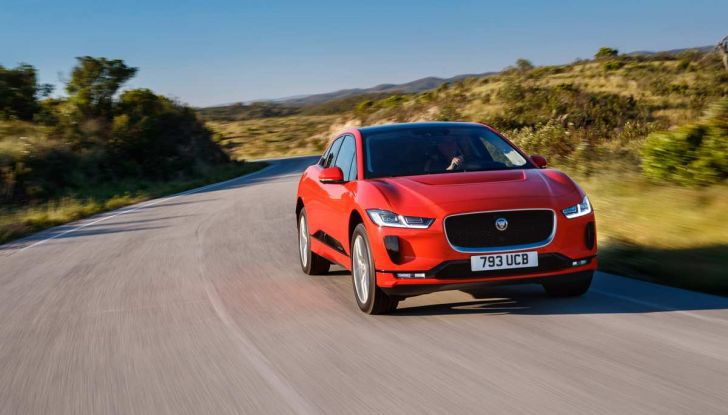 Jaguar I-Pace è Auto dell'Anno 2019 - Foto 17 di 25