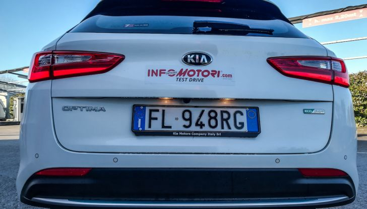 Kia Optima SW Plug-In Hybrid prova su strada, consumi e prestazioni - Foto 16 di 54
