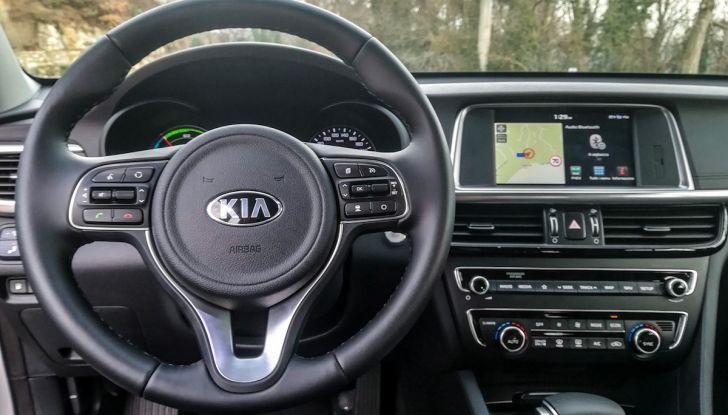 Kia Optima SW Plug-In Hybrid prova su strada, consumi e prestazioni - Foto 27 di 54