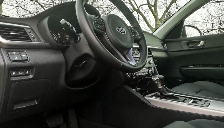 Kia Optima SW Plug-In Hybrid prova su strada, consumi e prestazioni - Foto 31 di 54