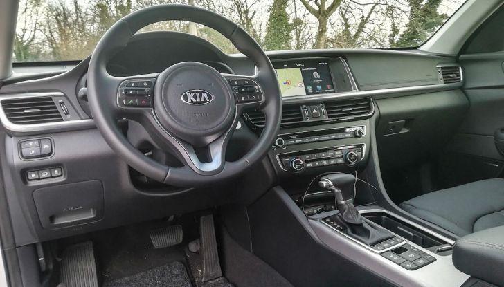 Kia Optima SW Plug-In Hybrid prova su strada, consumi e prestazioni - Foto 33 di 54
