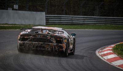 Lamborghini Aventador SVJ, record al Nurburgring: è la più veloce di sempre